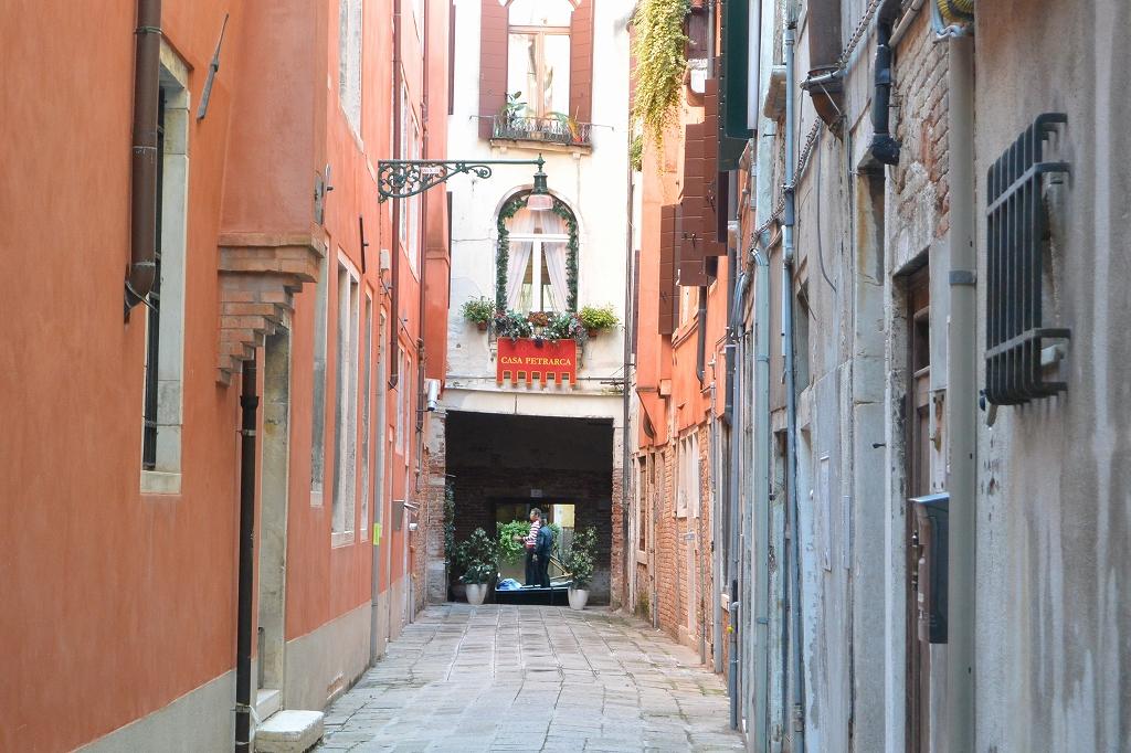ヴェネツィアの小道