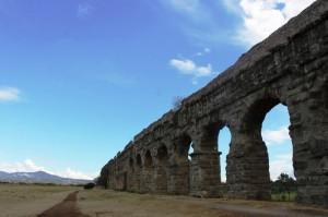ローマ 水道橋