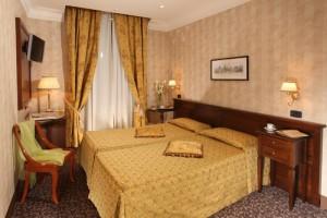 ローマ ホテル CONDOTTI & TOWNHOUSE
