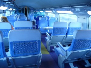 TGV2等車 「集団見合い式」シートアレンジ