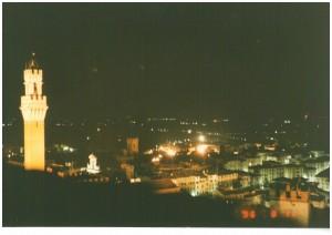 シエナの夜景