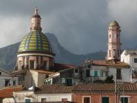 世界遺産アマルフィ海岸 ヴィエトリ・スル・マーレの大聖堂