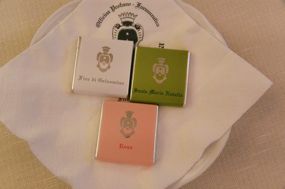 イタリア土産 サンタ・マリア・ノヴェッラ薬局のチョコレート