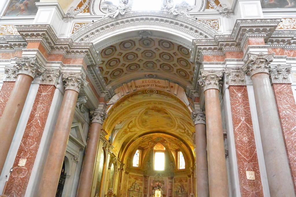 ローマ サンタ・マリア・デリ・アンジェリ・エ・デイ・マルティーリ教会
